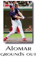 Alomar grounds out